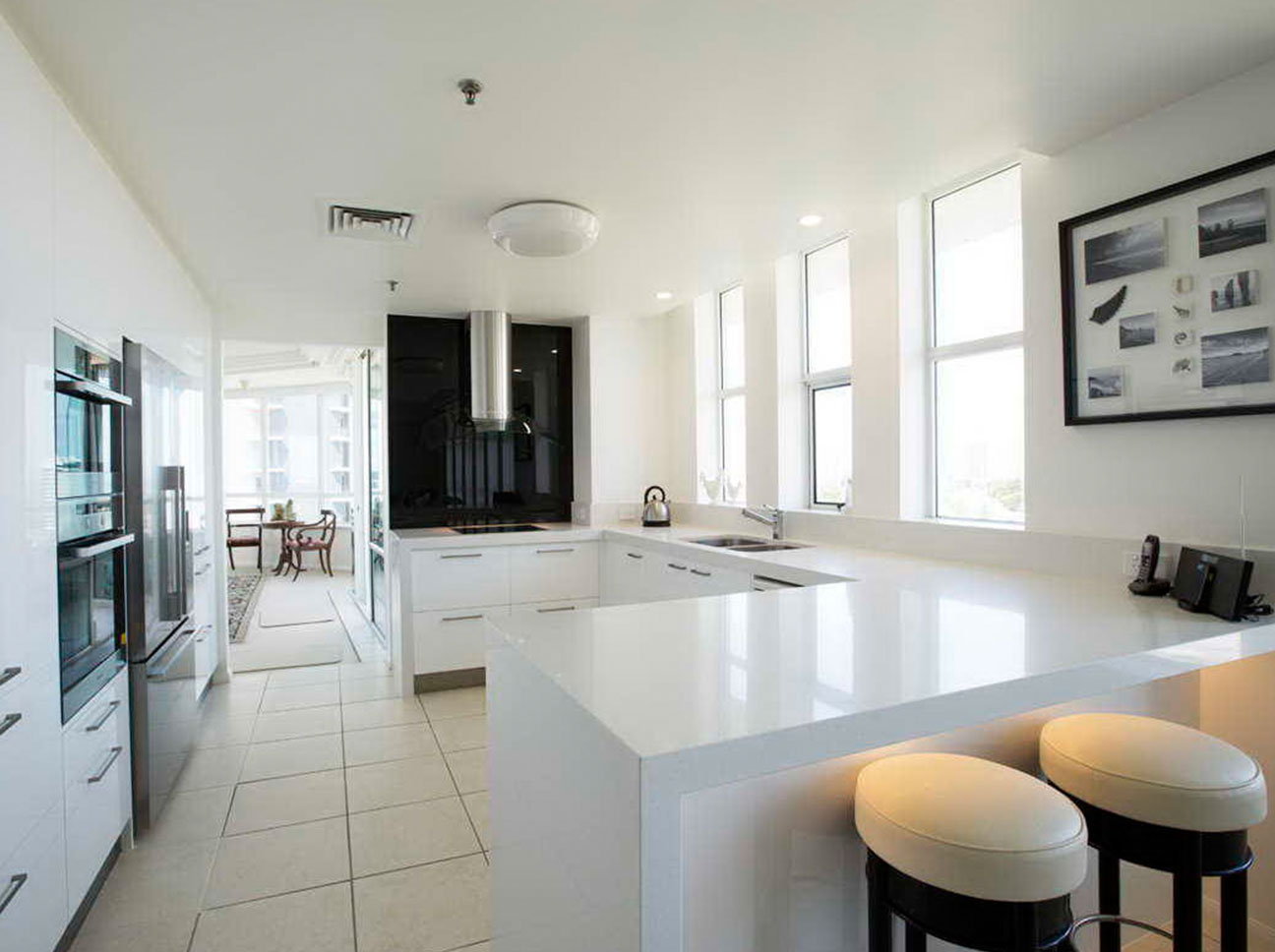 Kitchen Renovations - Gold Coast - Kitchen Brokers Queensland - Carole - Main Beach