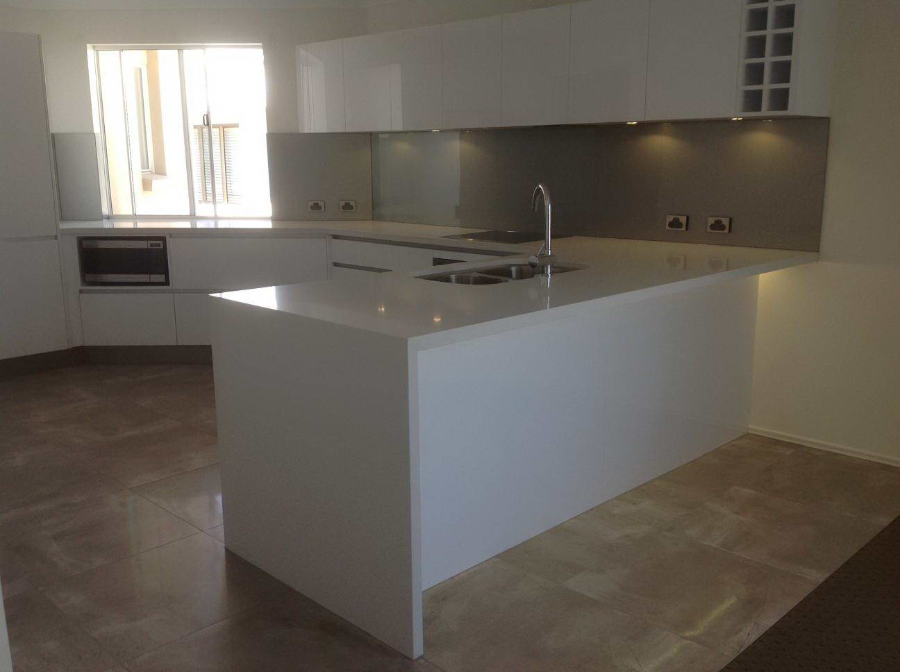 Kitchen Renovations - Gold Coast - Kitchen Brokers Queensland - Hilton & Priscilla - Mermaid Beach