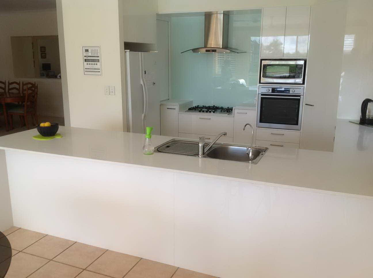 Kitchen Renovations - Gold Coast - Kitchen Brokers Queensland - Norma & Don - Burleigh Waters