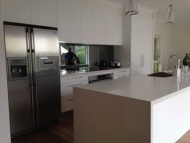 Kitchen Renovations - Gold Coast - Kitchen Brokers Queensland - Stuart & Suzie - Arundel