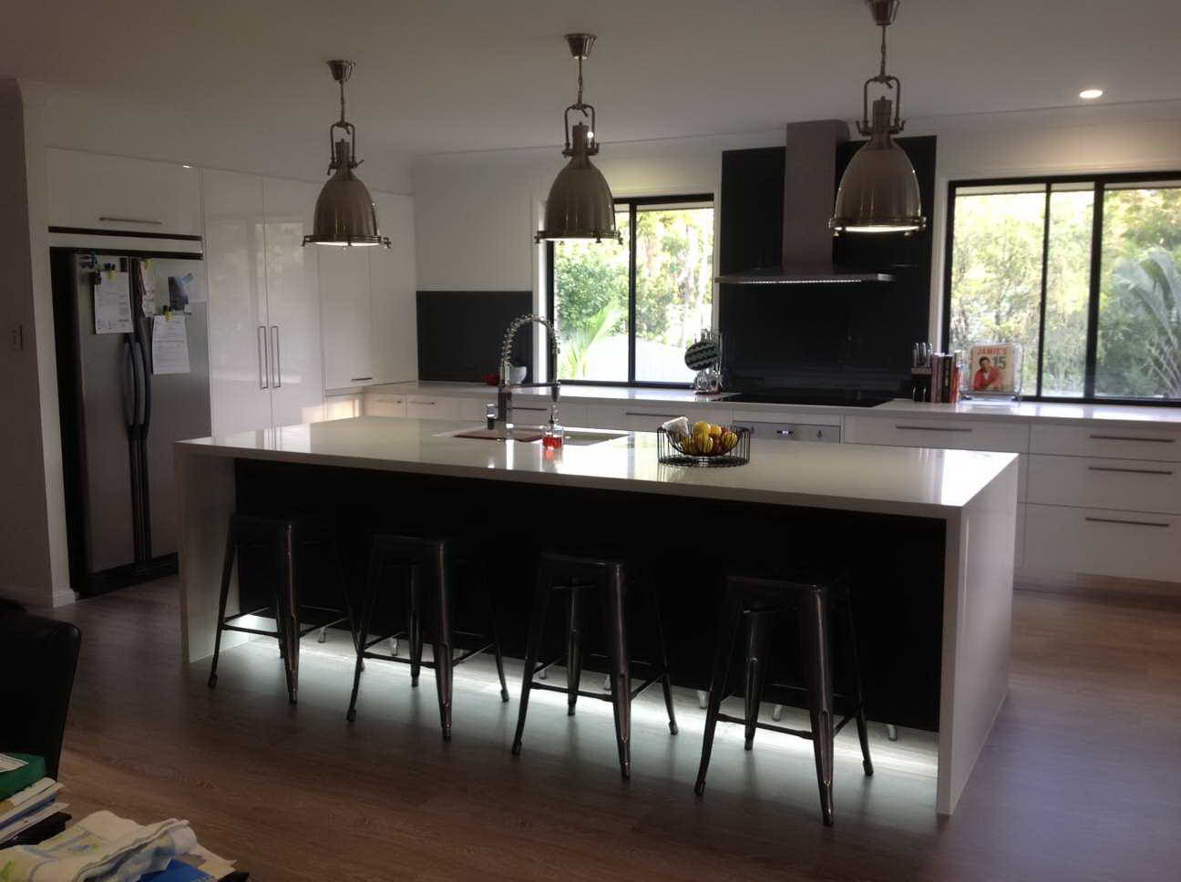 Kitchen Renovations - Gold Coast - Kitchen Brokers Queensland - Sally & John - Burleigh Heads