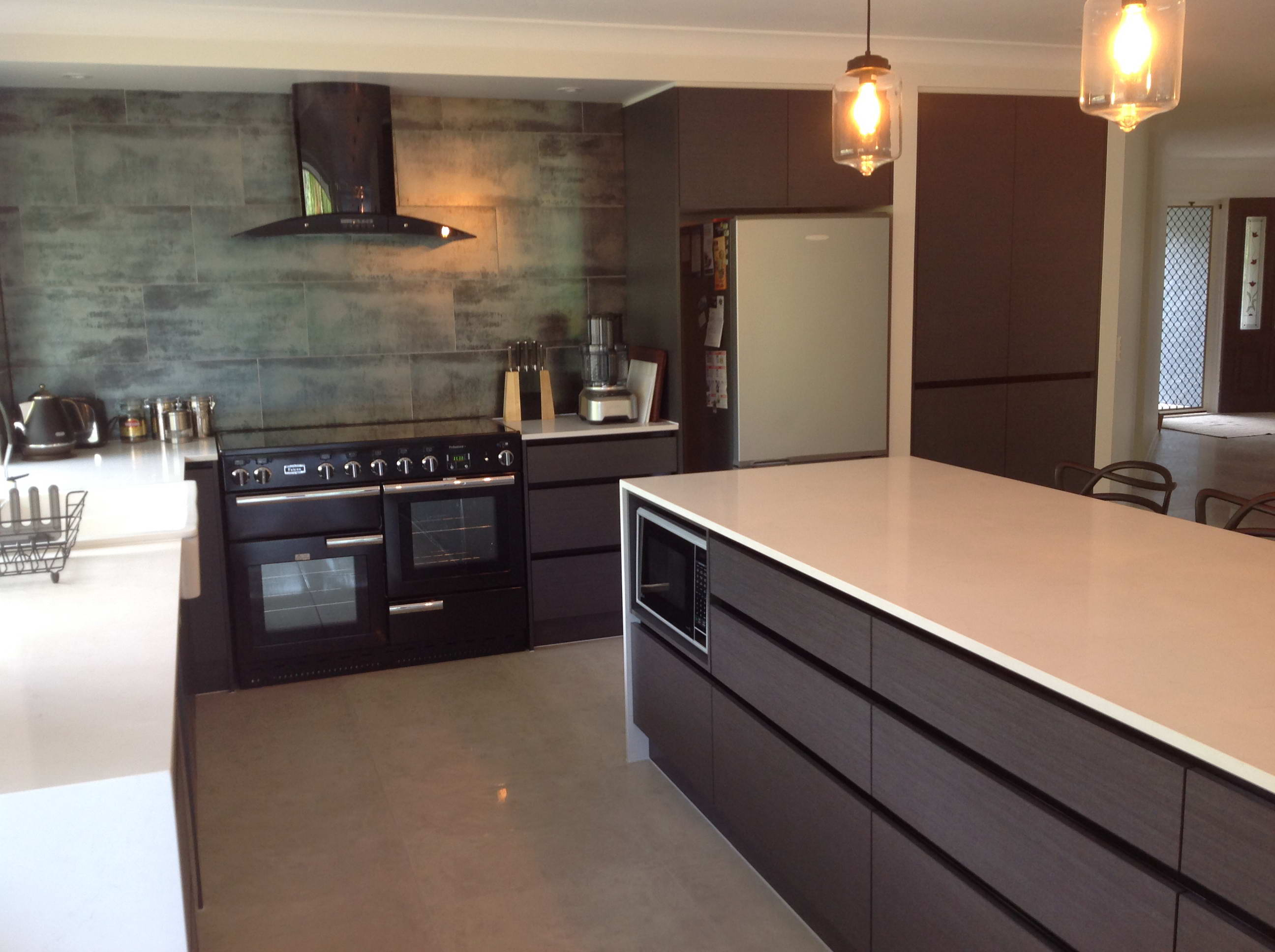 Kitchen Renovations - Gold Coast - Kitchen Brokers Queensland - Michael & Karen at Elanora
