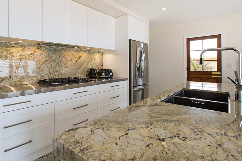 Kitchen Renovations - Gold Coast - Kitchen Design Budgeting Tips: Where to spend, and where to not?