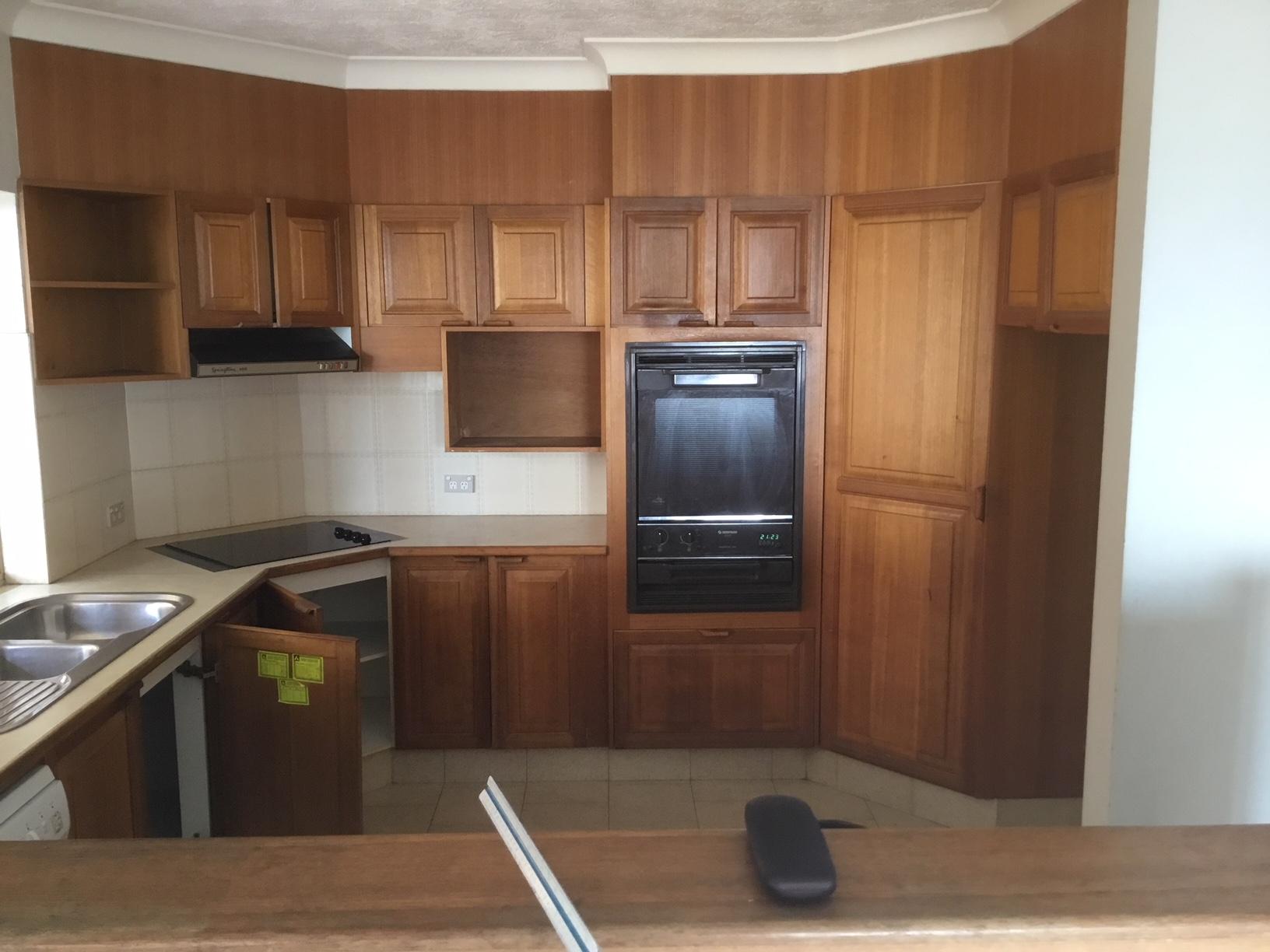 Before | Kitchen Renovators | Gold Coast | Kitchen Brokers Queensland
